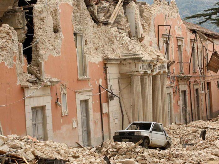Terremoto dell'Aquila. Aprile 2009