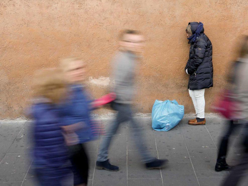 Clochard a Piazza Venezia, Roma