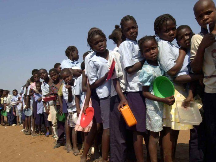 """Missione del Comune di Roma in Mozambico, """"Roma - Maputo andata e ritorno"""". Ottobre 2004"""