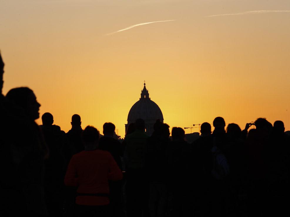 La Cupola di San Pietro, al tramonto, dalla terrazza del Pincio. Roma 26 gennaio 2018